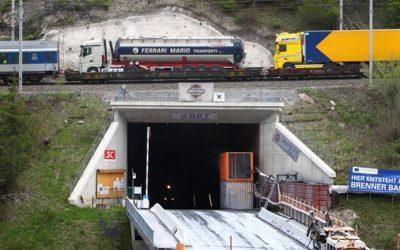 """Brenner-Nordzulauf: Gemeindeforum Rohrdorf kritisiert die Bahn. """"Bahn erzeugt unerträglichen Druck im Gemeindeforum Rosenheim Süd"""""""